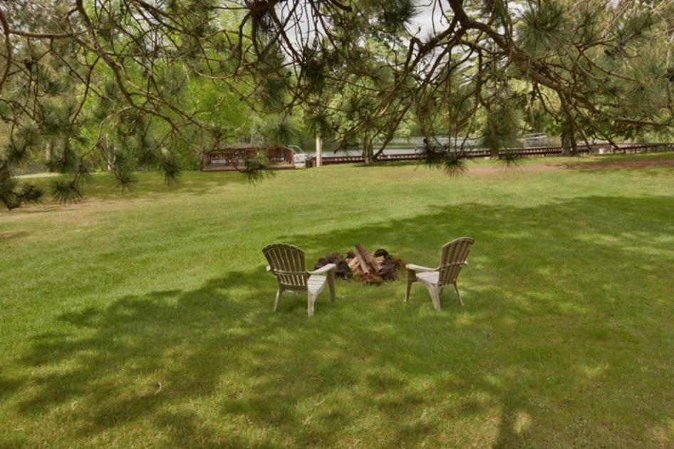 East Lodge - Hayward, WI