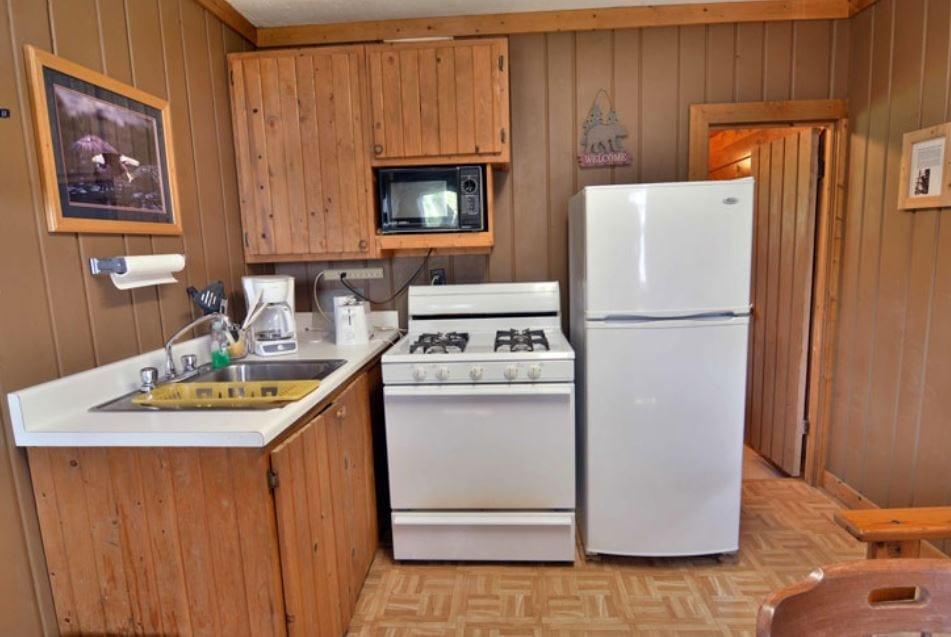 Cozy Cabin - Hayward, WI
